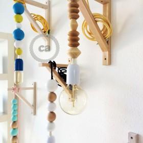 Francesca Crispo: wire lamps
